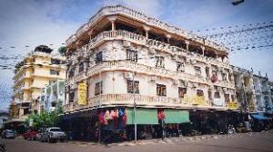โรงแรมลาวเจริญ (Lao Chaleun Hotel)