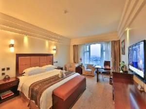 Ramada Chengdu North Hotel