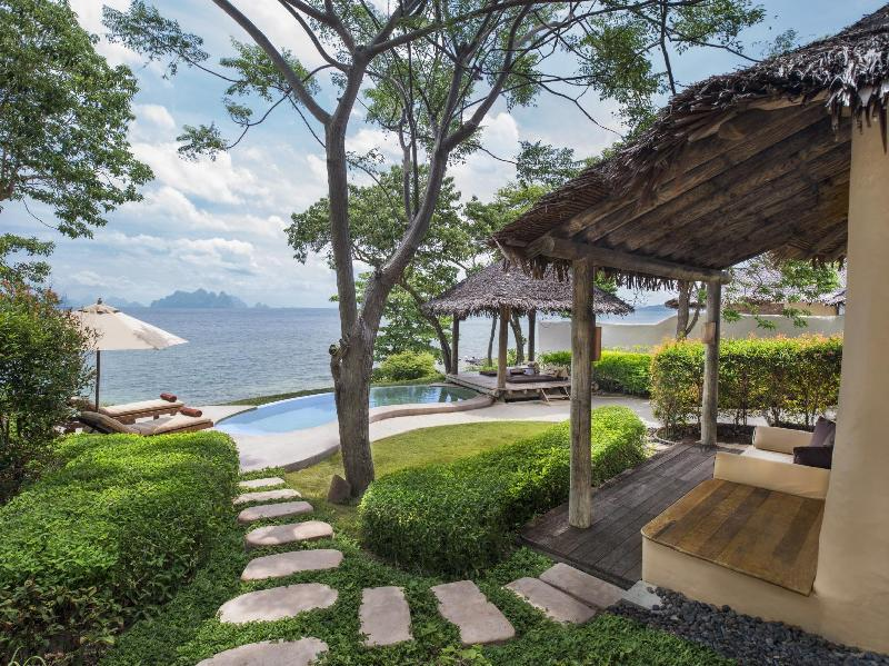 Hotel Rooms in Phuket  The Naka Island a Luxury