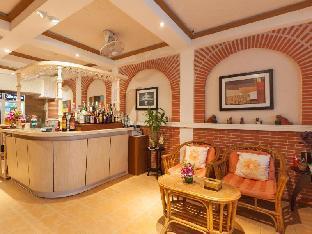 Karon Sunshine Guesthouse & Bar