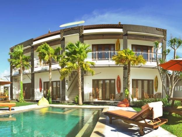 Premier Surf Camp Bali