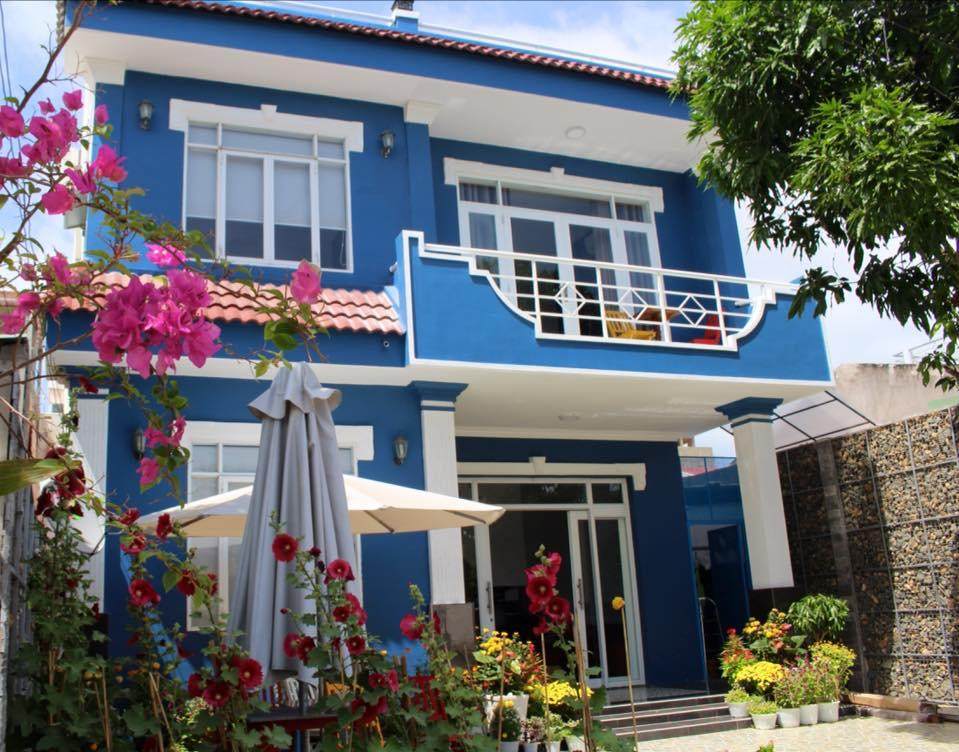 Lighthouse Boutique Hotel