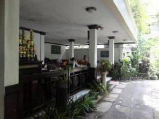 Maharani II Hotel
