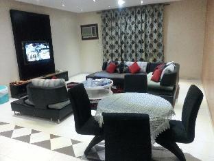 Apartment Al Janaderia Suites 3