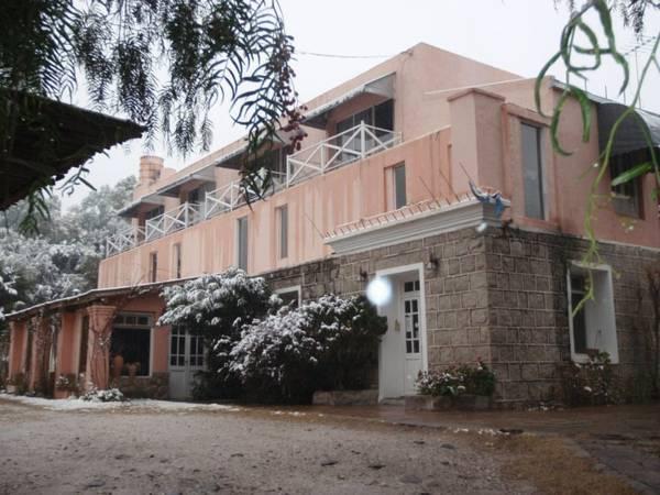 Cerro Uritorco Hotel