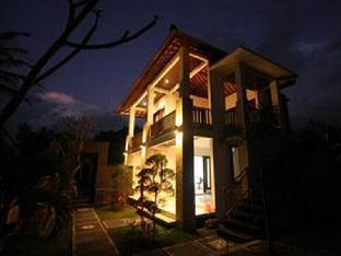 Yuliati House Villa Kutuh
