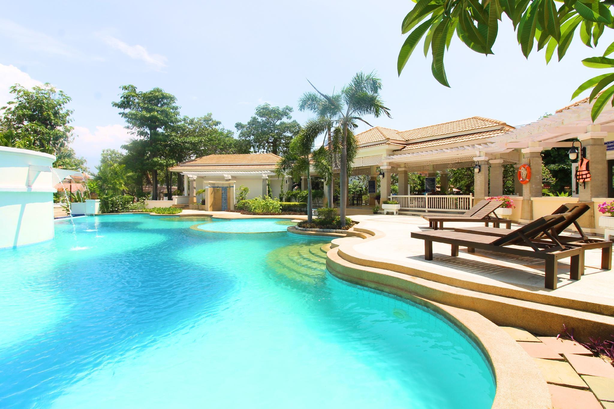 Grande 5 Beds BBQ Villa With Pool View Near Beach
