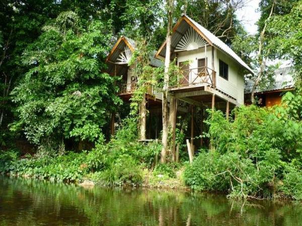 Jungle Huts Resort Khao Sok