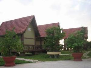 Vietcharm Resort