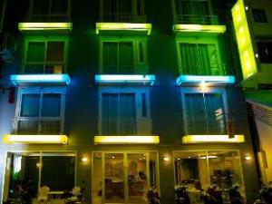 關於南特拉查汶海灘飯店 (Nantra Chaweng Beach Hotel)