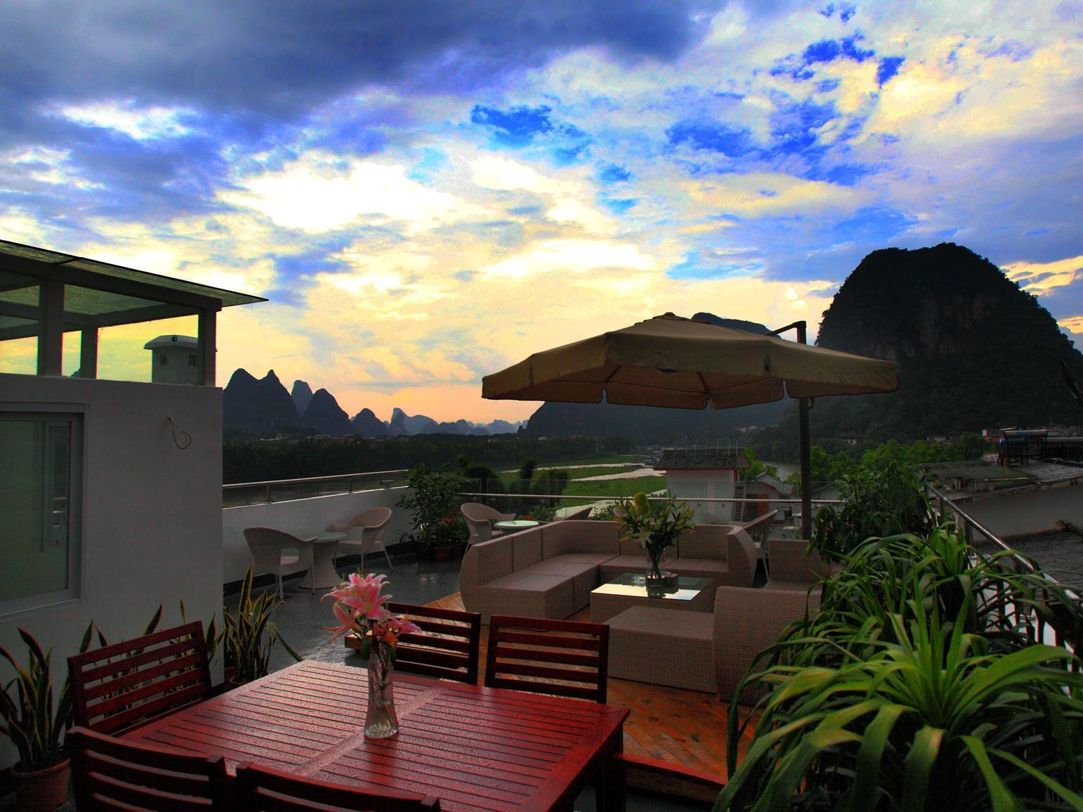Yangshuo Twenty Thirty Forty Inn