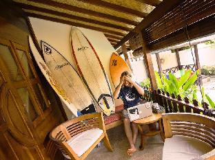 Andy's Surf Villa and Bungalows