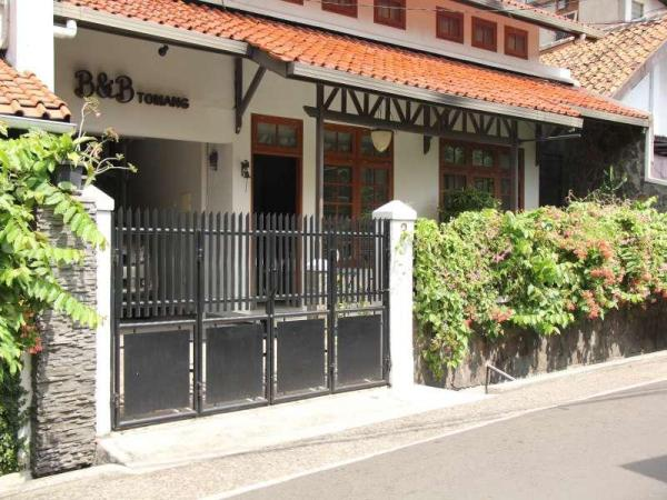 Bed and Breakfast Tomang Jakarta