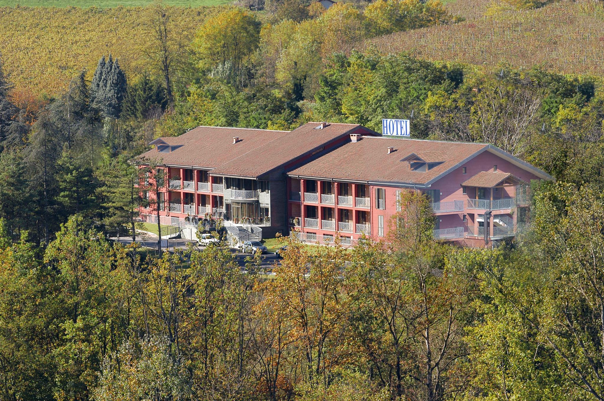 Hotel Langhe And Monferrato