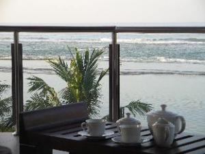 パラダイス ベイ ホテル (Paradise Bay Hotel)
