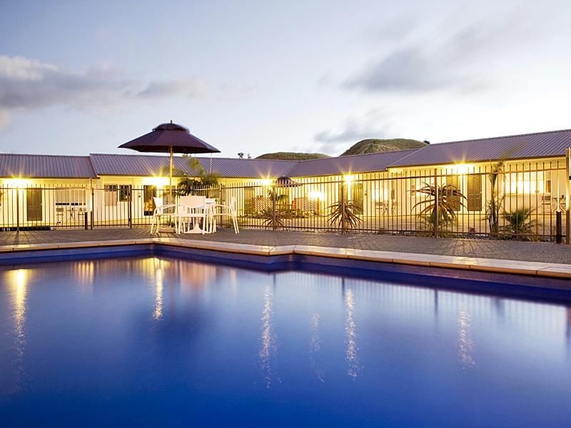 Motel Oasis