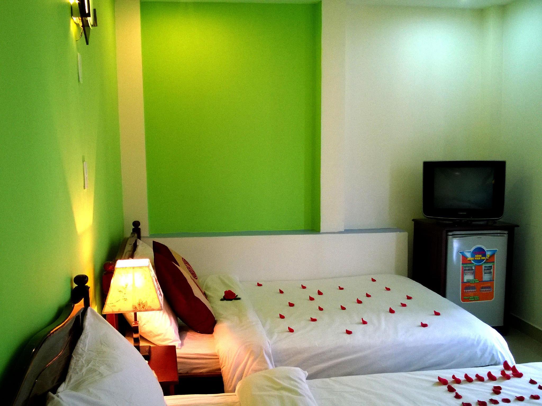 I-Hotel 3