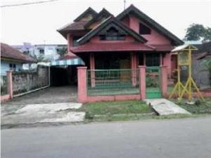开拉普汽车旅馆 (Motel Kerapu)