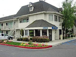 Motel 6 Merced North