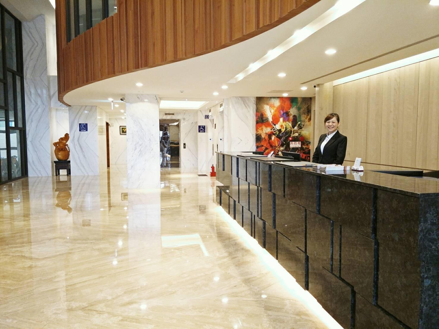 Full Kind Hotel