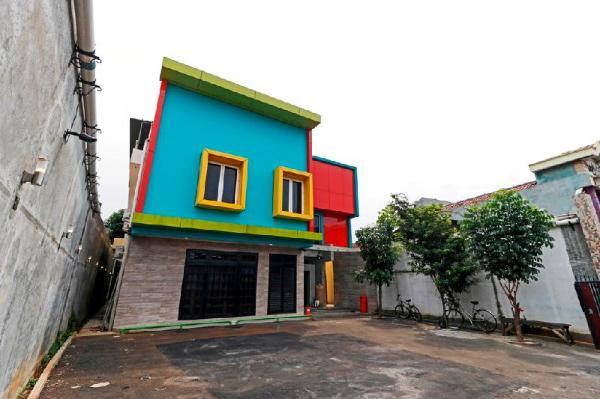 RedDoorz Plus near Halim Perdanakusuma 2 Jakarta