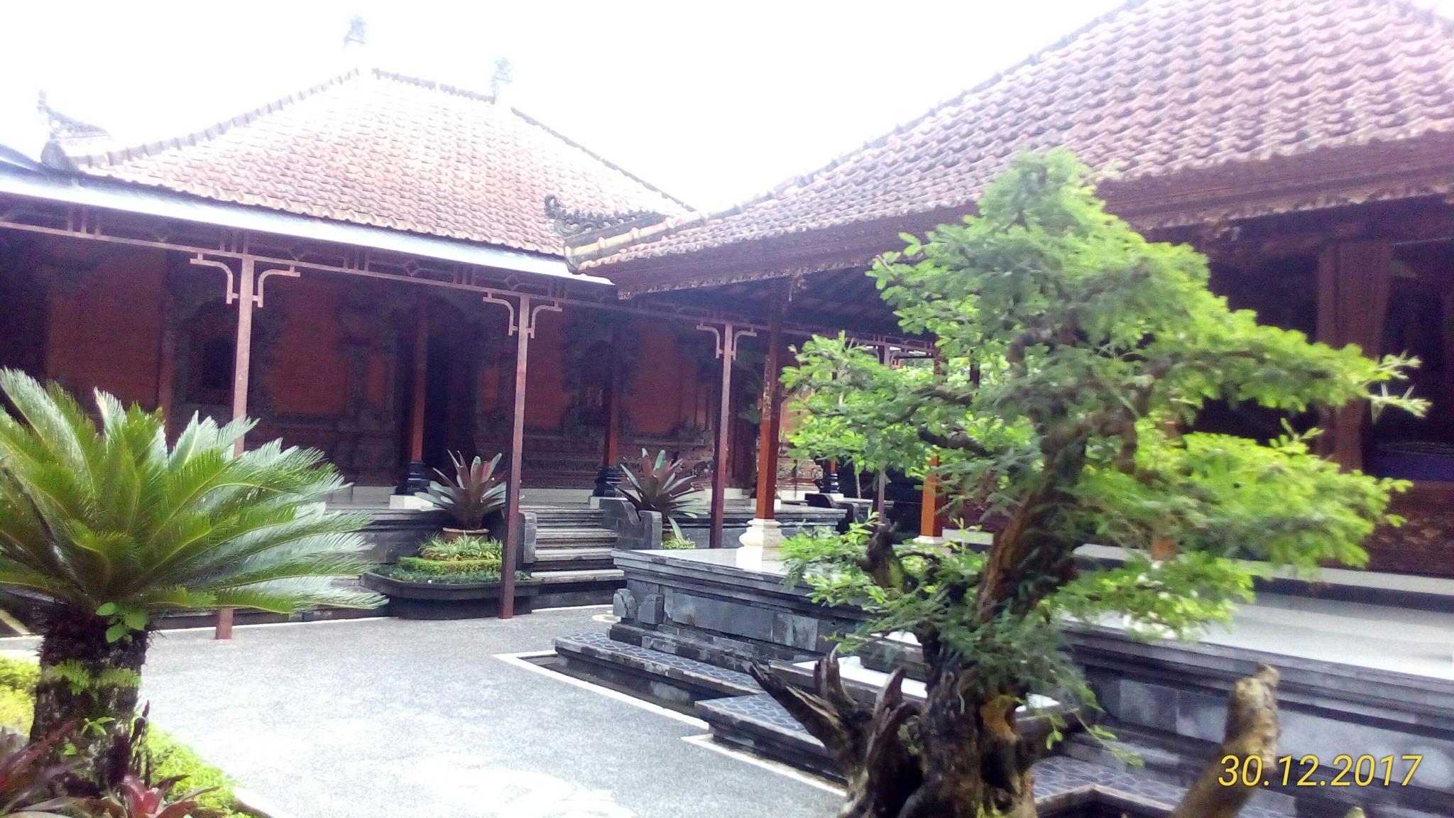 Rumah Tuju