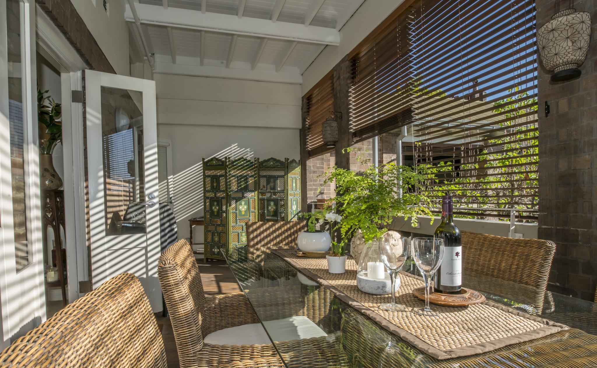 Quiet Courtyard   Urbanite
