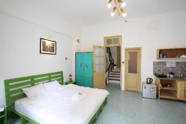 Minimalism Studio Balbony Silent Bedroom 302 Hanoi