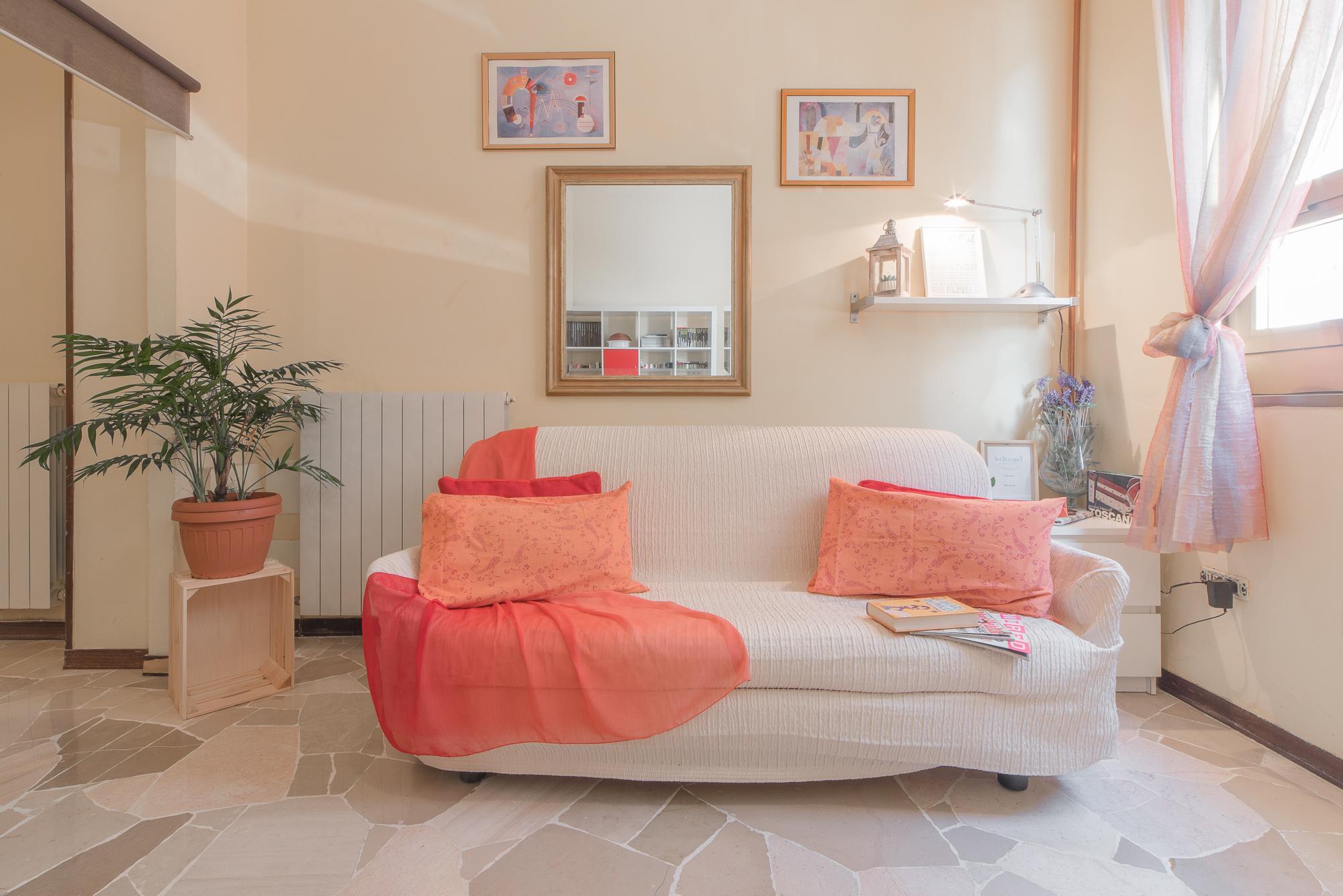 Flo Apartment