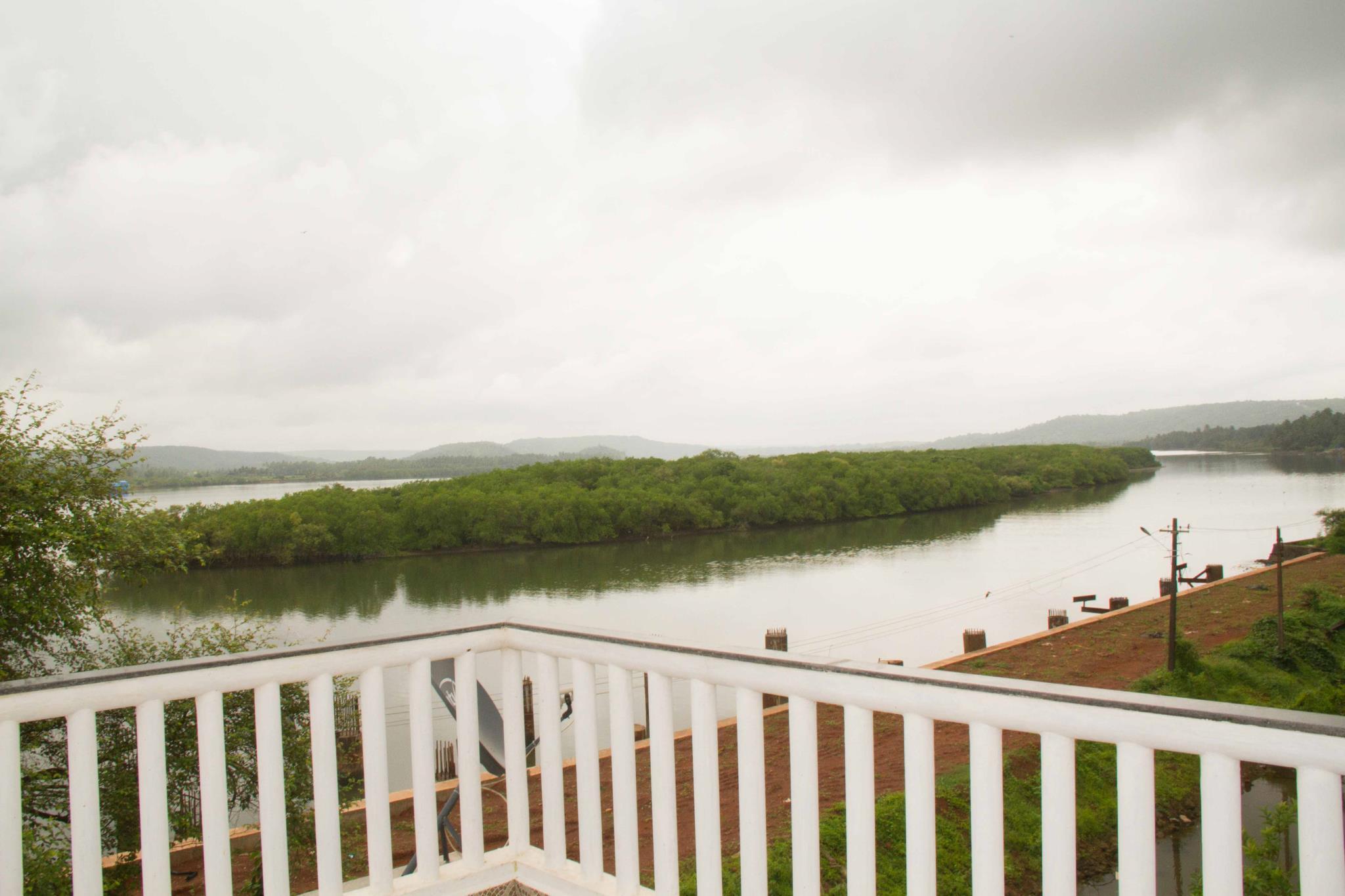 Nirvaah Riverhouse Siolim