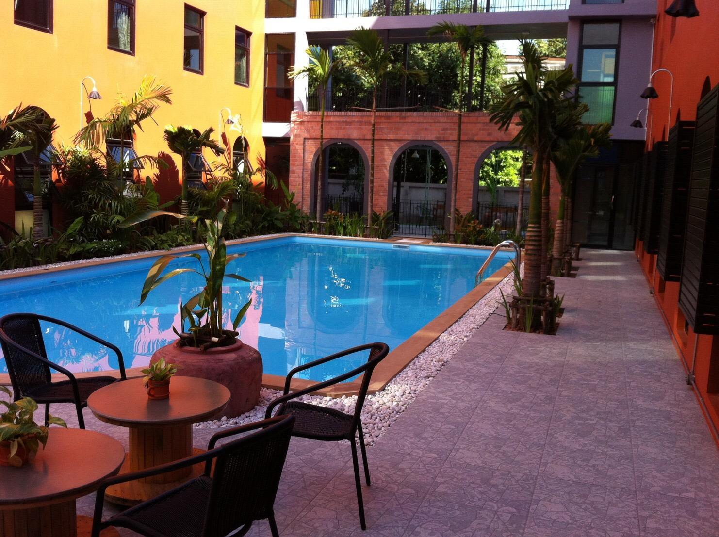 Baansuanprannok Hotel