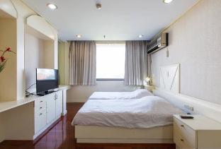 %name Spacious Apartment near Lumpini Park กรุงเทพ