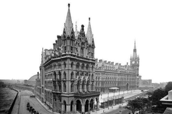 St Pancras Renaissance London Hotel London