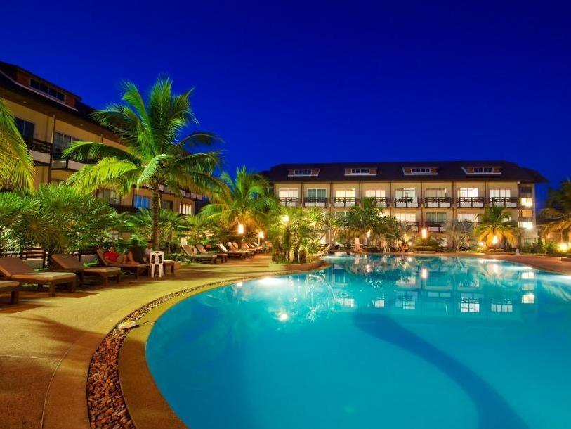 Nakhaburi Hotel And Resort