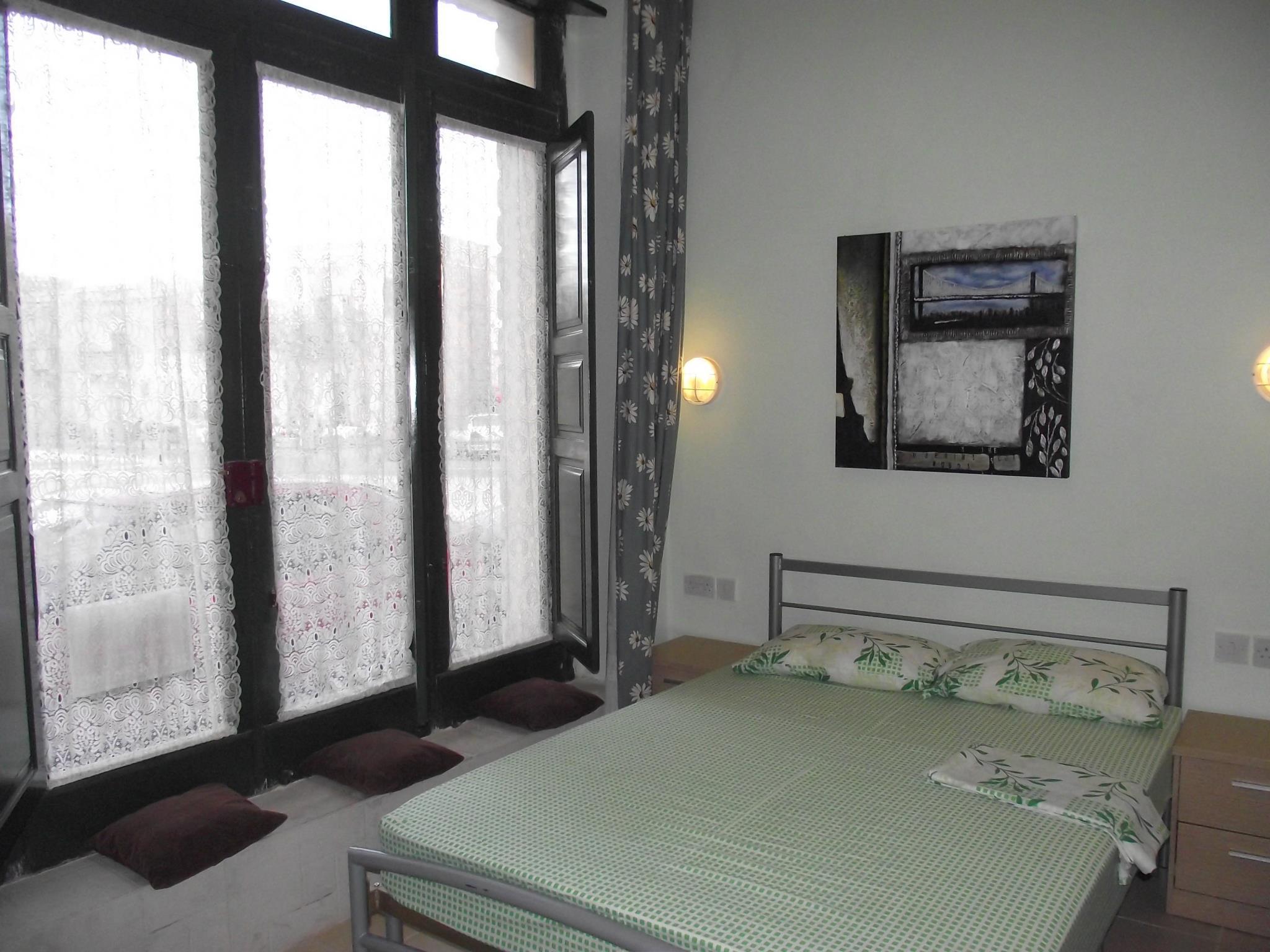 Qronfli Apartment Accommodation