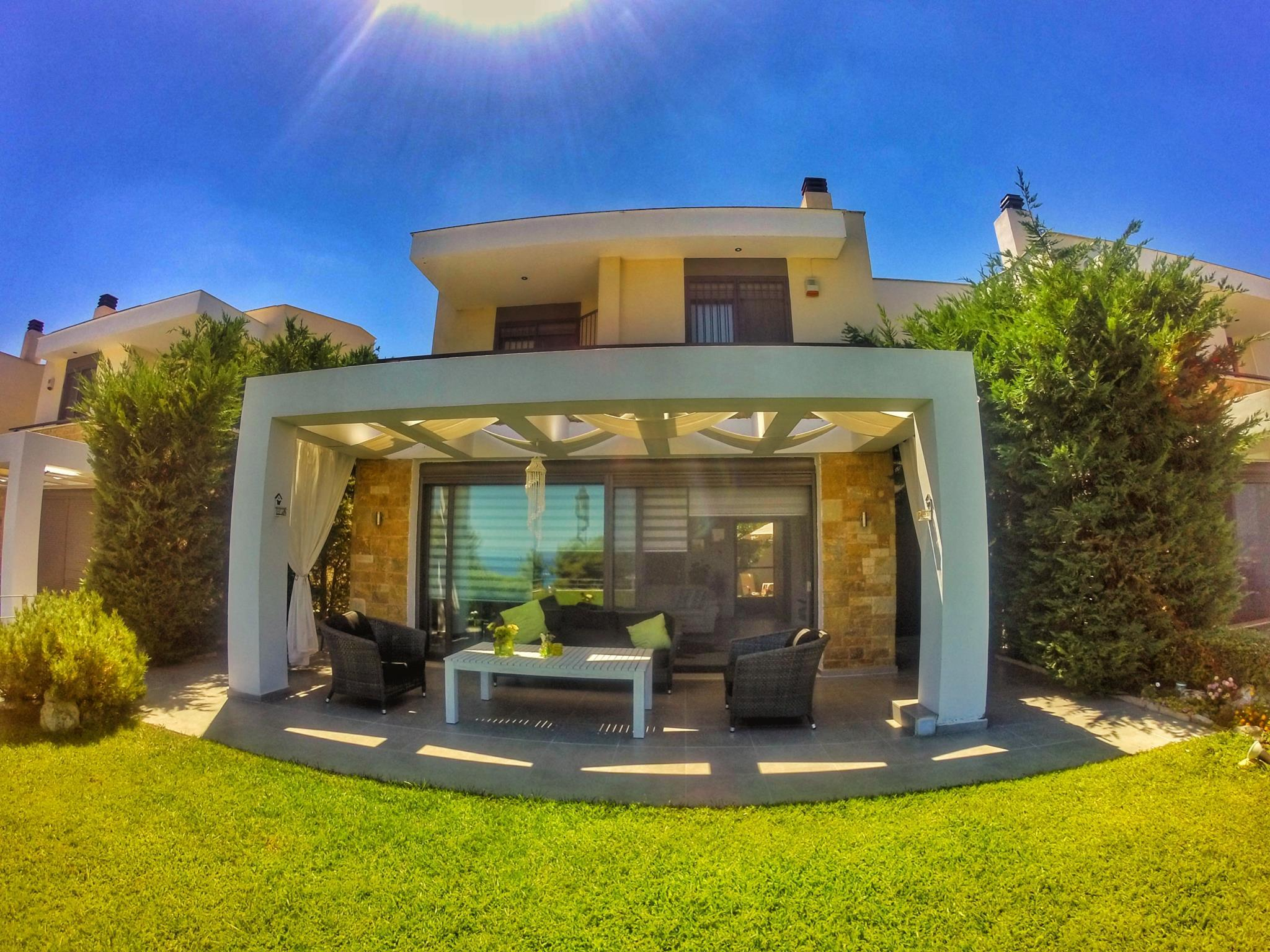 Superb 250sqm Deluxe Villa With A Wonderful View