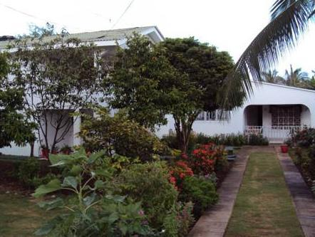 Cabanas Green Yard