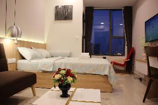 %name Nice studio nearly  Bui Vien Street high floor Ho Chi Minh City