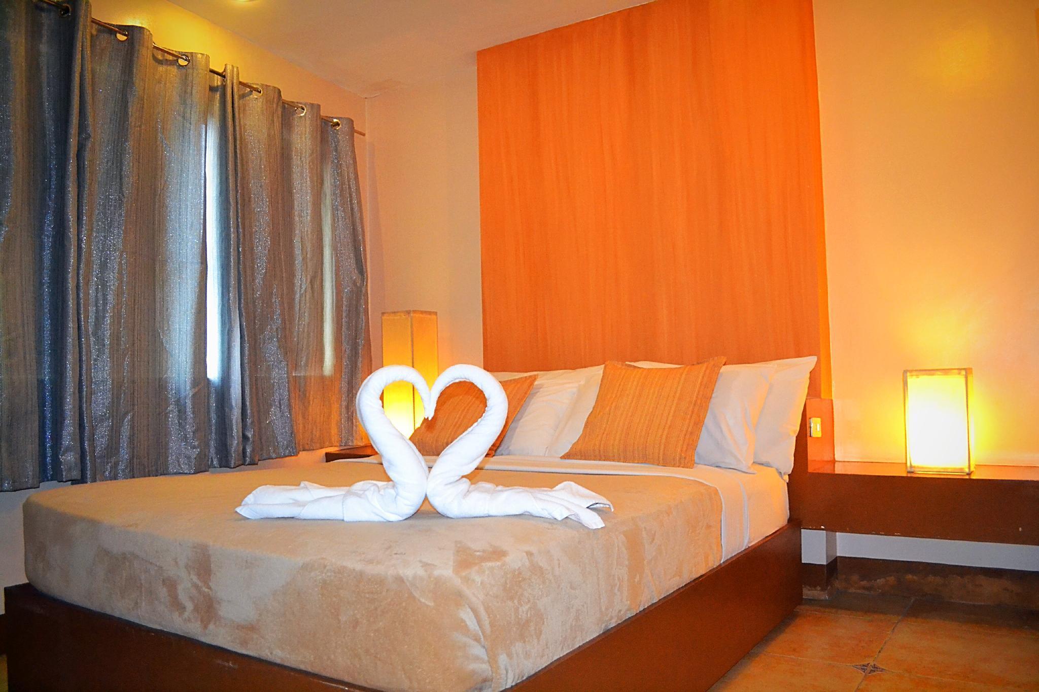 1BR Suites 510 In Vito Cruz Makati