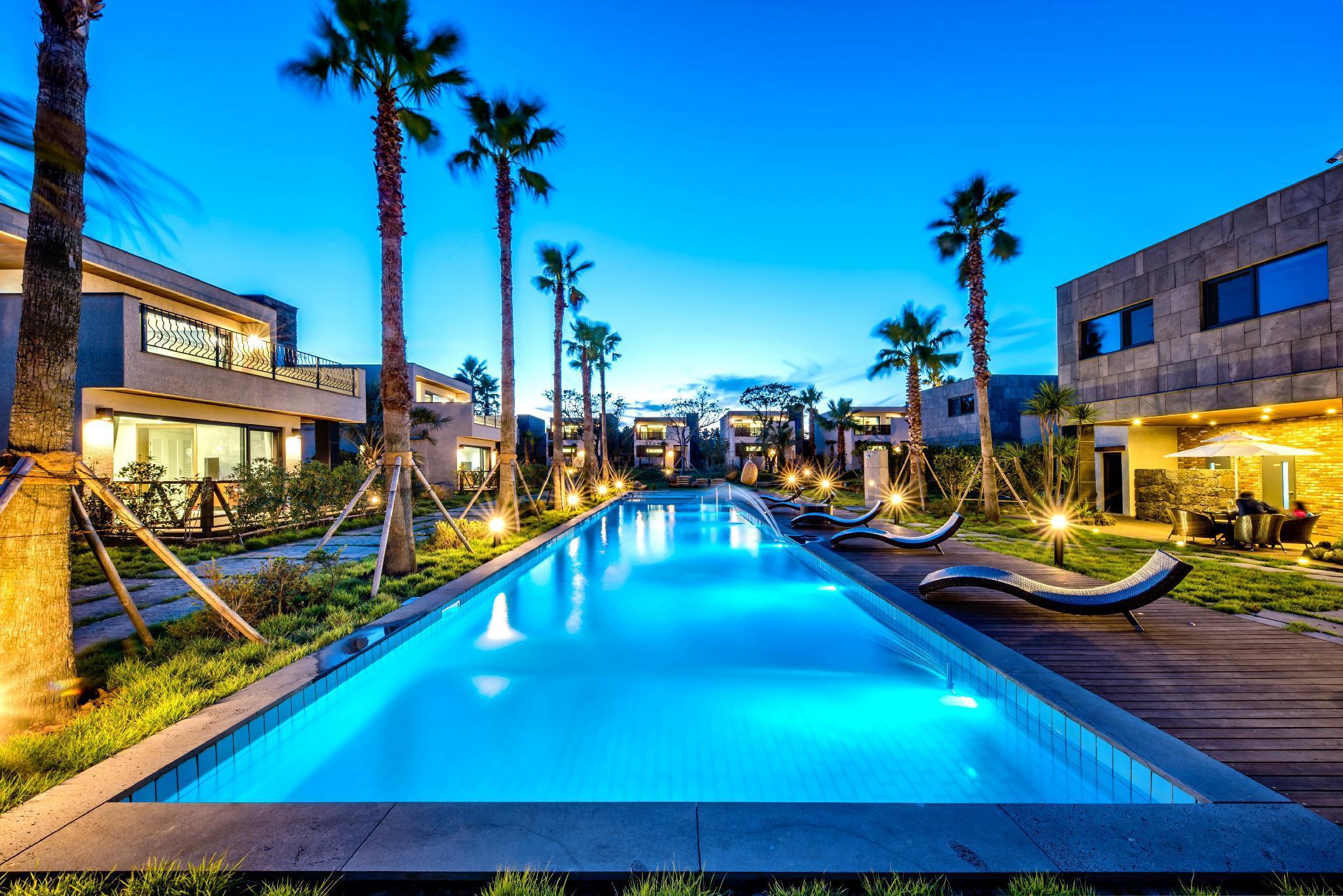 Arts Spa and Pool Villa