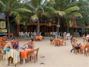 Om International Beach Hotel & Restaurant (International Beach Hotel & Restaurant)