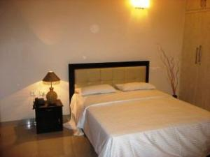 Falcons Nest-Executive Serviced Apartment