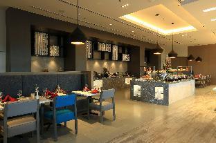 picture 2 of Savoy Hotel Manila