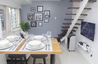 picture 1 of BGC Modern Loft Apartment