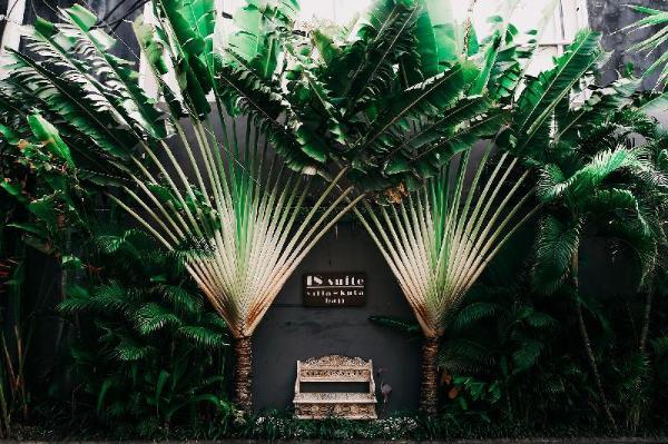 18 Suite Villa Loft by AMITHYA Bali
