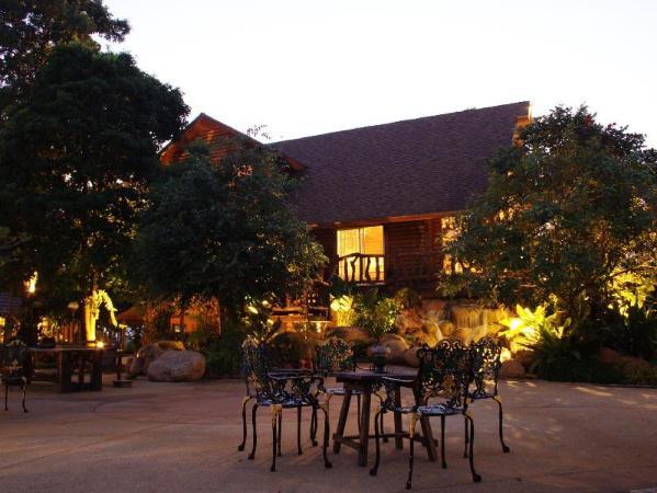 The Log of Paradis Resort Chiang Mai