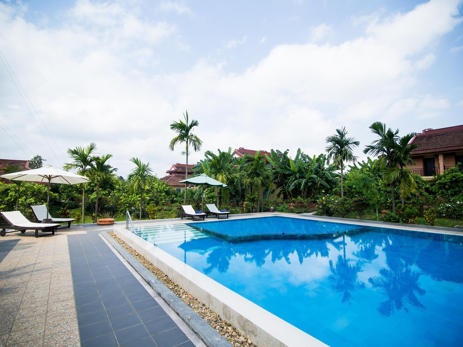 Hue Riverside Boutique Resort And Spa