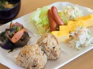 Toyoko Inn Okinawa Naha Kokusai-dori Miebashi-eki