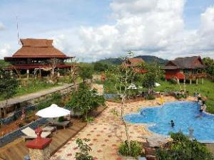 Ratanak Resort