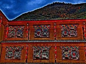 關於九寨溝格桑花客棧 (Jiuzhaigou Gesanghua Hotel)